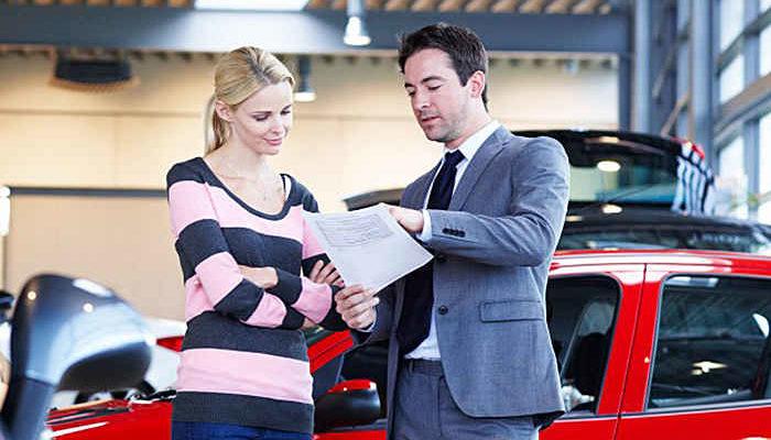 Расписка о получении задатка за автомобиль — описание документа, требования к содержанию, правила написания, обязанности сторон, суть аванса и задатка, совершение сделки, образец документа
